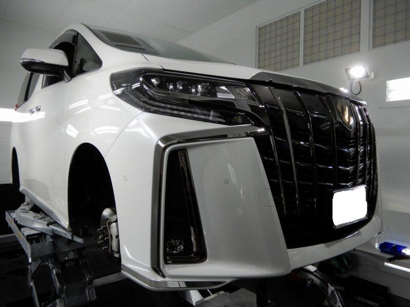 トヨタ アルファード デッドニング タイヤデッドニング エンジンルームデッドニング 施工 施工画像