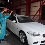 BMW5シリーズ 厚い被膜のエシュロンを施工しました。