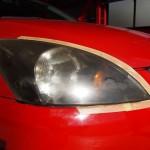 こんなに黄ばんだヘッドライトも新品同様に復元します。)^o^(