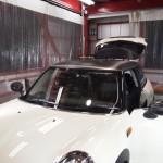 BMWミニ 天井・ミラーにカーボンフィルムを施工しました。
