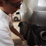 千葉県よりご来店のポルシェカイエンにカーボンフィルム+テールランプスモークを施工させて頂きました。