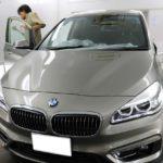 茨城県土浦市からお越しの新車BMW218iグランツアラーに高性能透明断熱フィルムFGR-500を施工させていただきました。