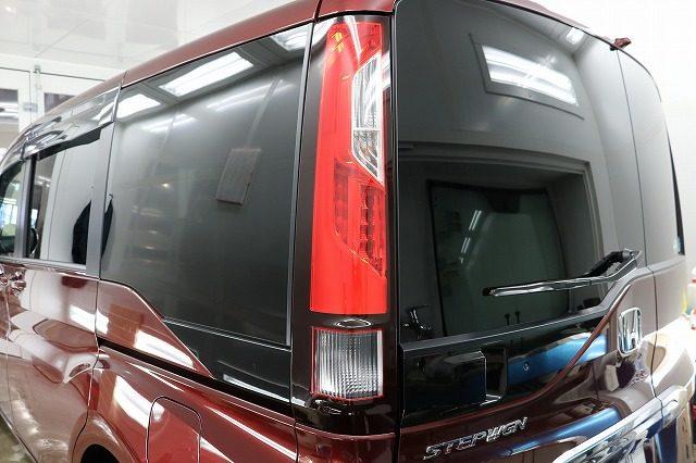ホンダ ステップワゴンを断熱フィルムで車内も快適にさせて頂きました!東京都府中市よりご来店ありがとうございました!