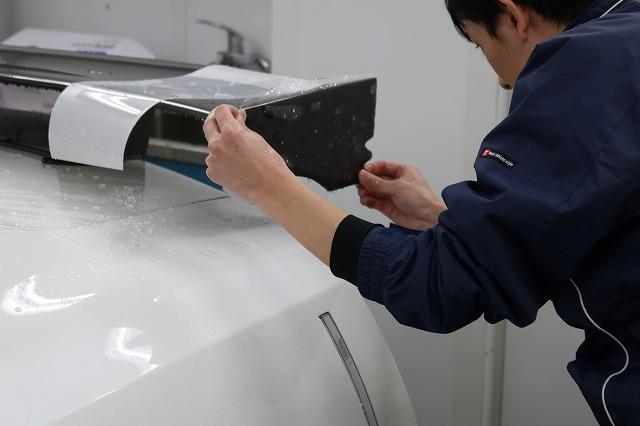 新車GTRニスモに飛び石や傷からボディを守るプロテクションフィルムを施工致しました!
