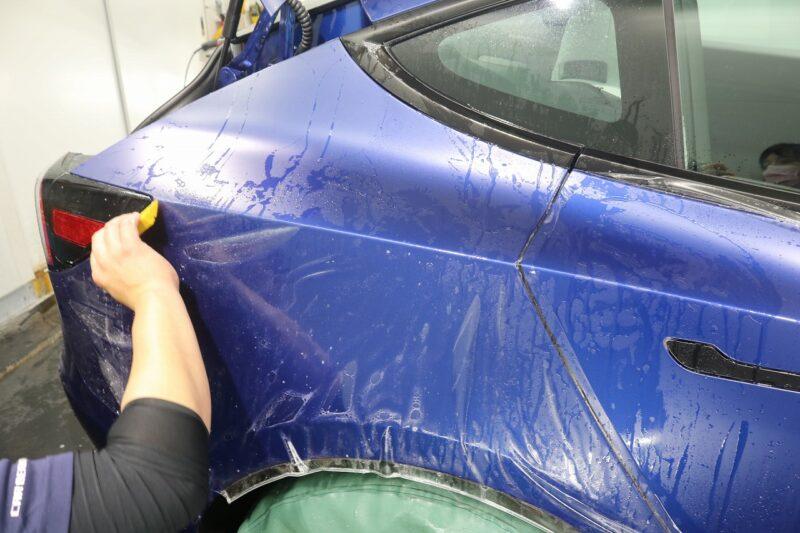 マットな見た目にチェンジ(*'∀')テスラモデル3にXPEL STEALTHのフル施工  XPEL STEALTH クリア塗装 マット塗装