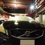 VOLVO、V60にQuartzガラスコーティング4層タイププレミアムフルコースを施工させて頂きました。