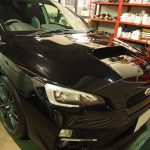 千葉県からお越しの新車スバルWRXに親水性のクォーツガラスコートを施工させていただきました。