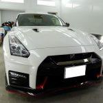 千葉県市川市からお越しの新車日産GTRニスモに滑水性のガラスコーティング『エシュロンナノフィル』を施工させていただきました。