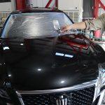 埼玉県からお越しのトヨタクラウンに親水性のカーコーティング『クォーツガラスコート』を施工させていただきました。