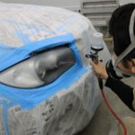 ヘッドライトコーティング!東京都からお越しのBMWに施工致しました。当アイアイシーではレンズリフォーマー2でしっかりと吹付作業を行っております!