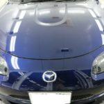 洗車傷が多かったロードスターにボディコーティングを施工し、新車以上の輝きへ!