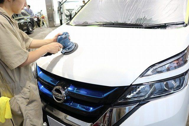 千葉県からお越しの新車セレナに親水性のカーコーティング『クォーツガラスコート』を施工!