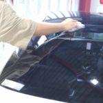 メルセデスベンツE43が千葉県千葉市より入庫です。高耐久ウィンドウコートのクラリードを施工致しました。