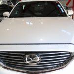 東京都江東区からお越しの新車マツダCX-8パールホワイトに親水性の『クォーツガラスコート』を施工させていただきました。