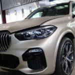 BMWX5に鏡面光沢が続くガラスコーティングを施工させて頂きました!千葉県船橋市よりご来店ありがとうございます♪