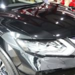 埼玉県からお越しの日産エクストレイルにボディーカラーがブラックのお車に最適な親水性のカーコーティング『クォーツガラスコート』をプレミアムフルコースで施工させていただきました。