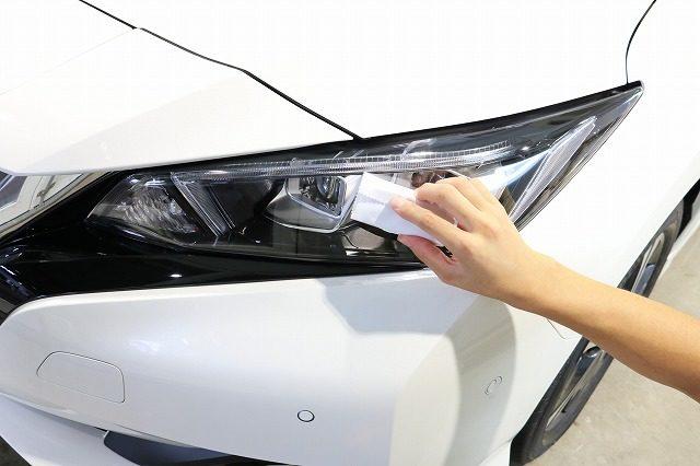 茨城県よりK様が、新車日産リーフでご来店下さいました。今回はセラミックコーティング(ceramicpro9H)とLFTフィルム全面の施工となります。
