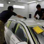 東京都・千葉県カーコーティングといえば!カービューティーアイアイシーより、新車メルセデスベンツC180にセラミックコーティング(ceramicpro9H)とウィンドコーティング全面の施工中!!!