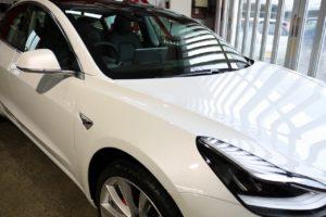 新車テスラモデル3にカーコーティングセラミックプロ9H施工