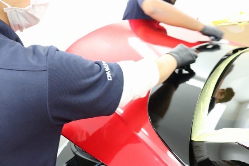 新車レクサスLC500にカーコーティング施工 ボンネット画像