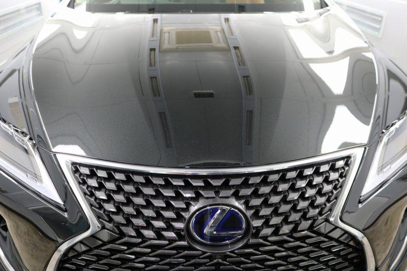 新車レクサスRX450hにカーコーティング施工 ボンネット画像
