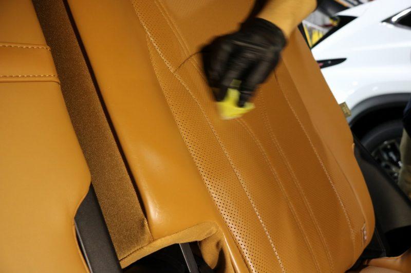新車レクサスRX450hにカーコーティング施工 レザーコーティングの画像