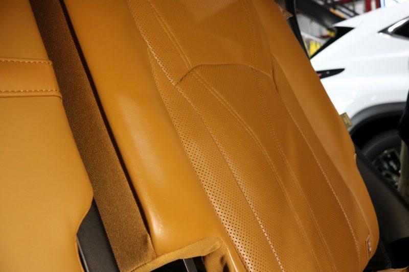 新車レクサスRX450hにカーコーティング施工 レザーシートの画像