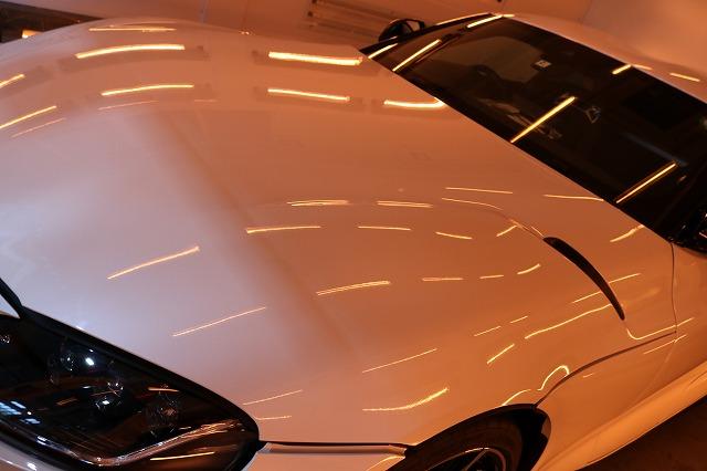 新型トヨタGRスープラにカーコーティング・ヒールライトを施工 焼き付け画像