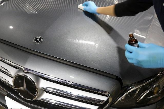 ガラスコーティングを新車メルセデスベンツE220Dに施工 セラミックプロ9H塗布の画像
