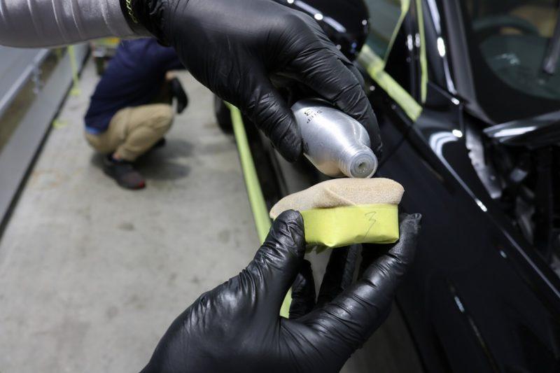 新車ボルボV60クロスカントリーにカーコーティングを施工 コーティング剤の画像