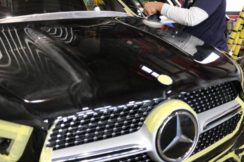 新型メルセデスベンツGLE400dにカーコーティングを施工 研磨画像