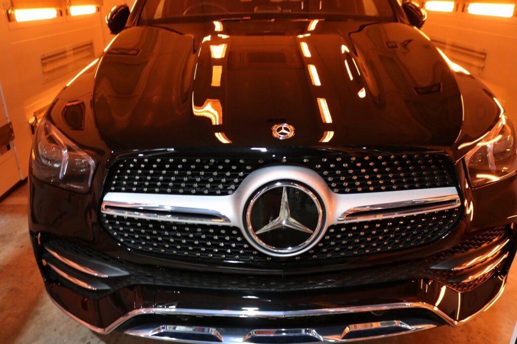 新型メルセデスベンツGLE400dにカーコーティングを施工 遠赤外線焼付画像