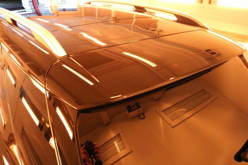 新型メルセデスベンツGLE400dにカーコーティングを施工 ルーフ焼付画像