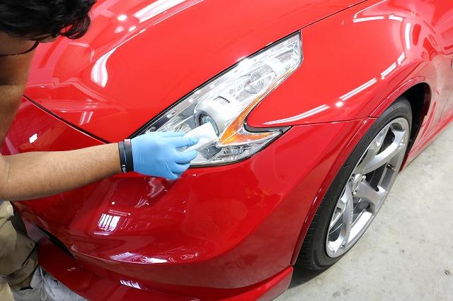 日産フェアレディZ34ニスモに耐久性抜群セラミックコーティング ヘッドライトコーティング塗布画像