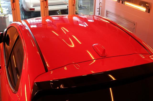 トヨタヤリス カーコーティング施工 遠赤外線 天井の画像