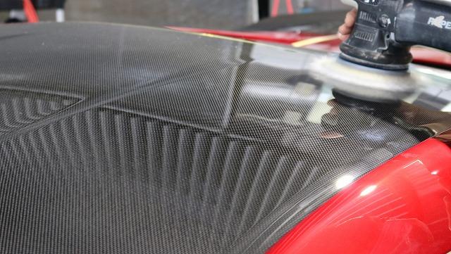 ホンダ・NSXにエシュロンガラスコーティング施工 磨きの画像