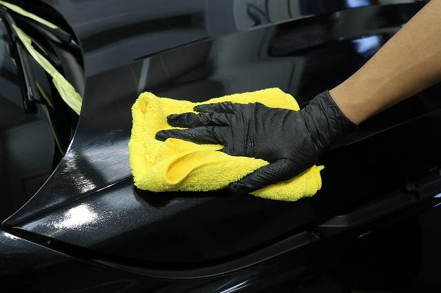 新車BMW M235iにカーコーティング施工 拭き取りの画像