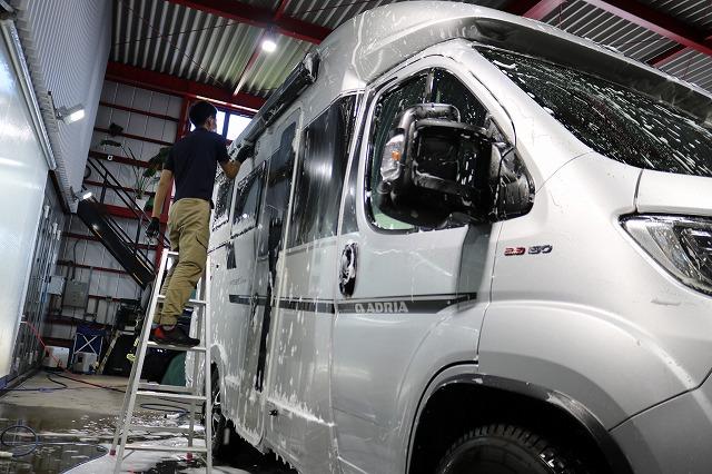 フィアット・デュカト アドリアにガラスコーティング施工 洗車の画像