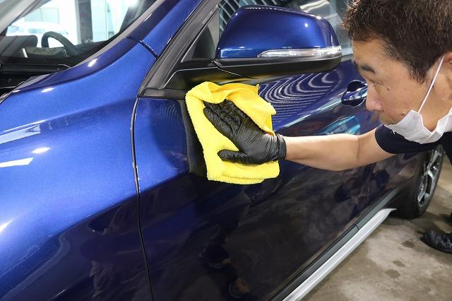 BMW X1にファインラボセラミックを施工 拭き取りの画像