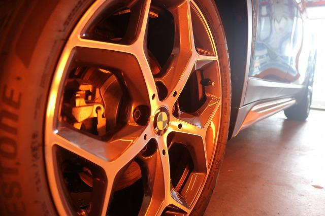 BMW X1にファインラボセラミックを施工 ホイール焼付画像