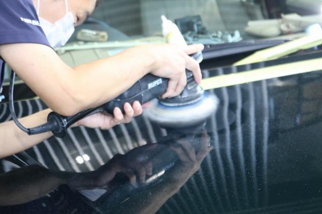 BMW 320iにエシュロンガラスコーティングを施工 鏡面研磨画像