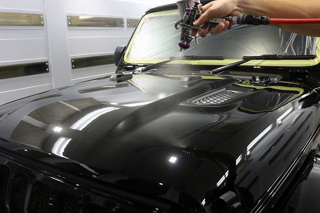 ジープラングラーサハラにカーコーティング施工 クォーツスプレーコーティングの画像