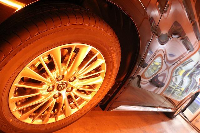 新車トヨタ・ヴェルファイアにファインラボヒールプラスを施工 ホイール遠赤外線の画像