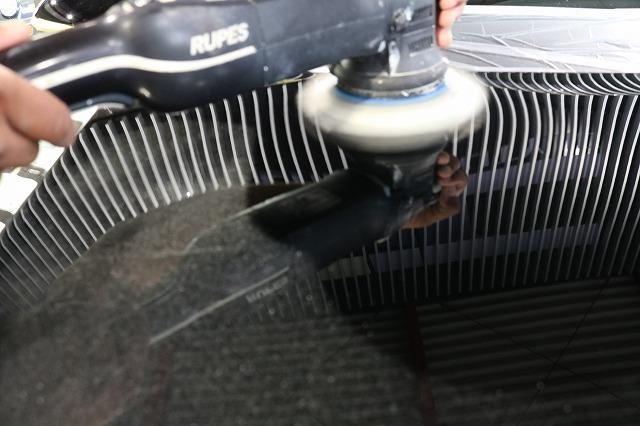 トヨタのクラウンマジェスタにカーコーティングを施工 研磨画像