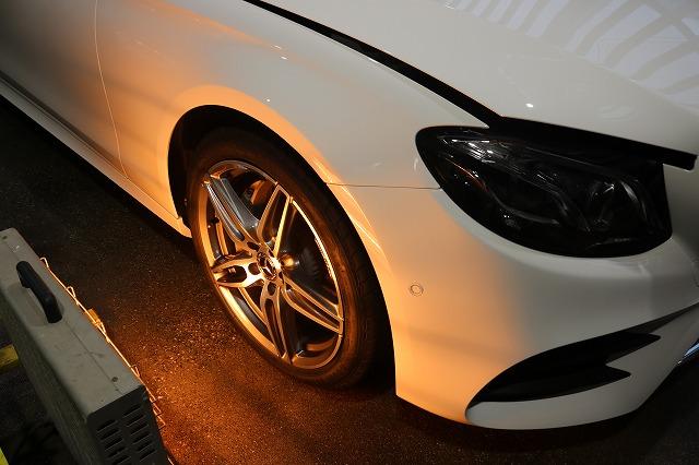 新車メルセデスベンツE220dにホイールコーティングを施工 乾燥画像