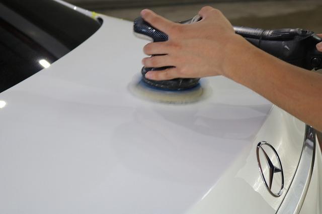 新車メルセデスベンツE220dにカーコーティングを施工 研磨画像