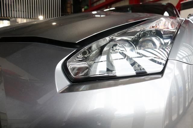 日産GTRにヘッドライトコート施工後の画像