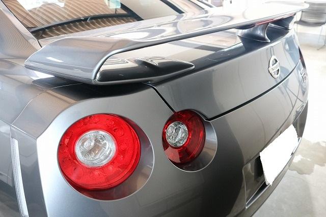 日産GTRに疎水性カーコーティング「ファンラボセラミック」施工後 リア画像