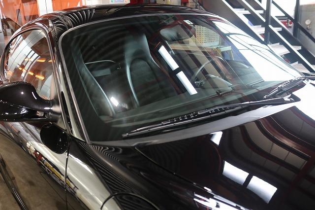 ポルシェケイマンSにカーコーティング施工 フロントガラスの画像