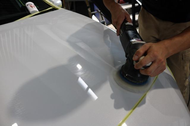メルセデスベンツAMG A35に親水性カーコーティング施工 鏡面研磨画像